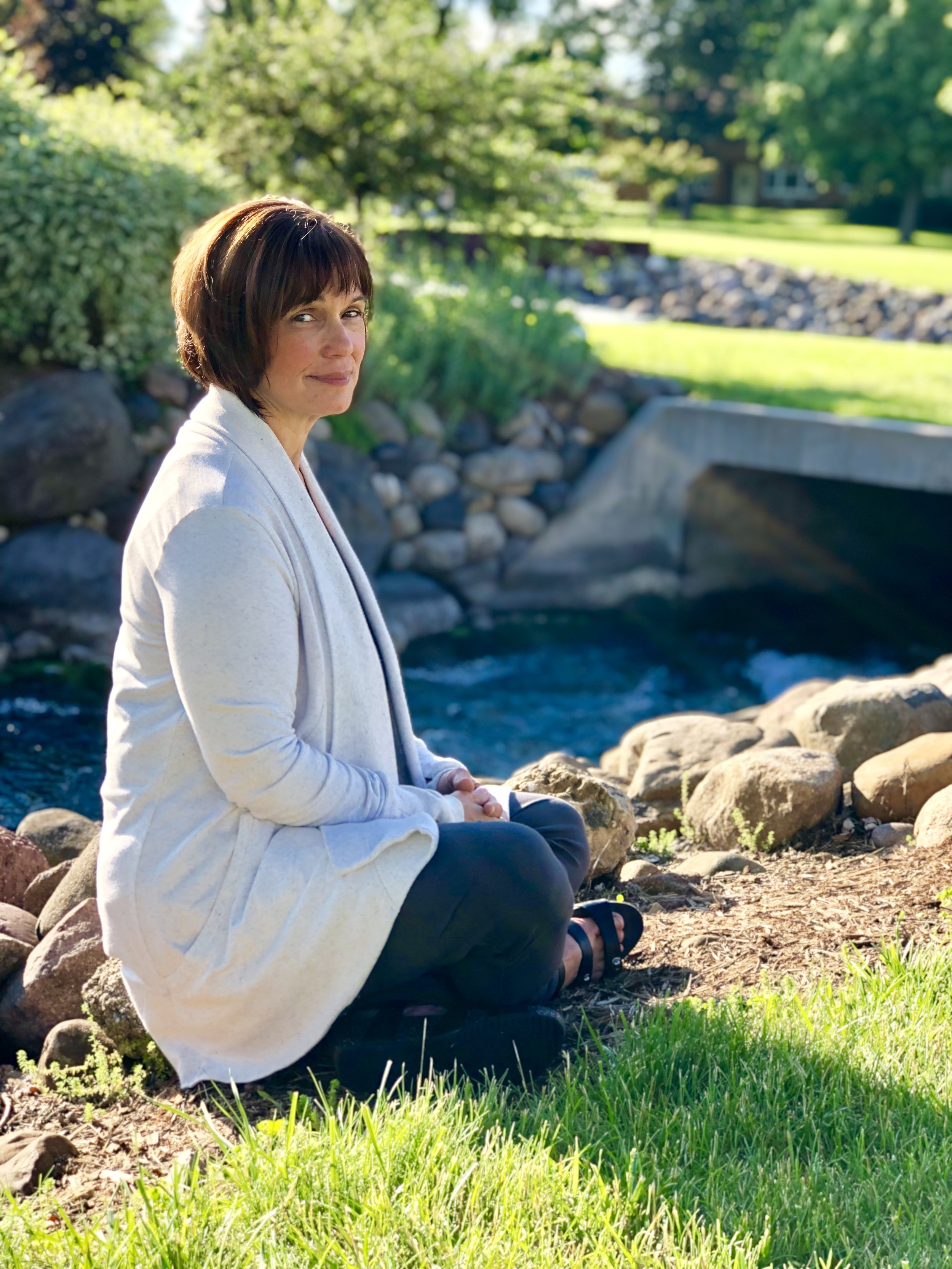 About Donna - Donna has 25 years of experience in the holistic field of study and is nationally and state certified in massage.