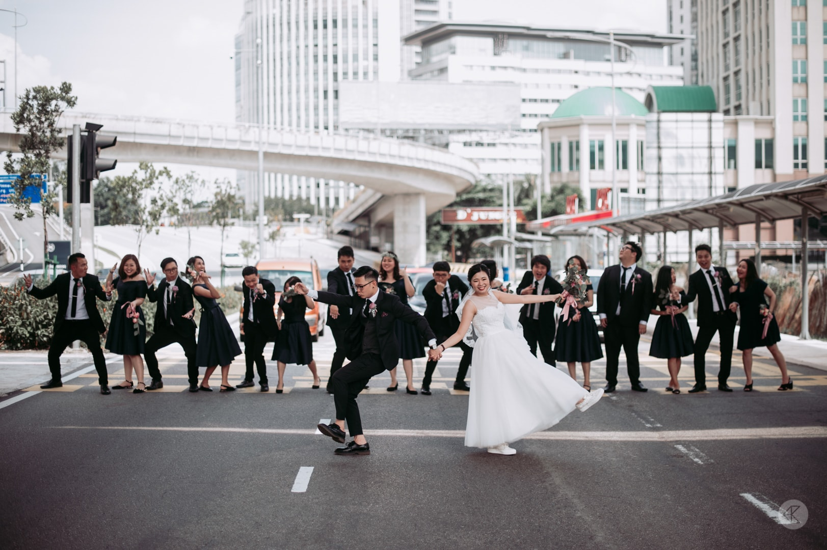 Street style bridal portraits