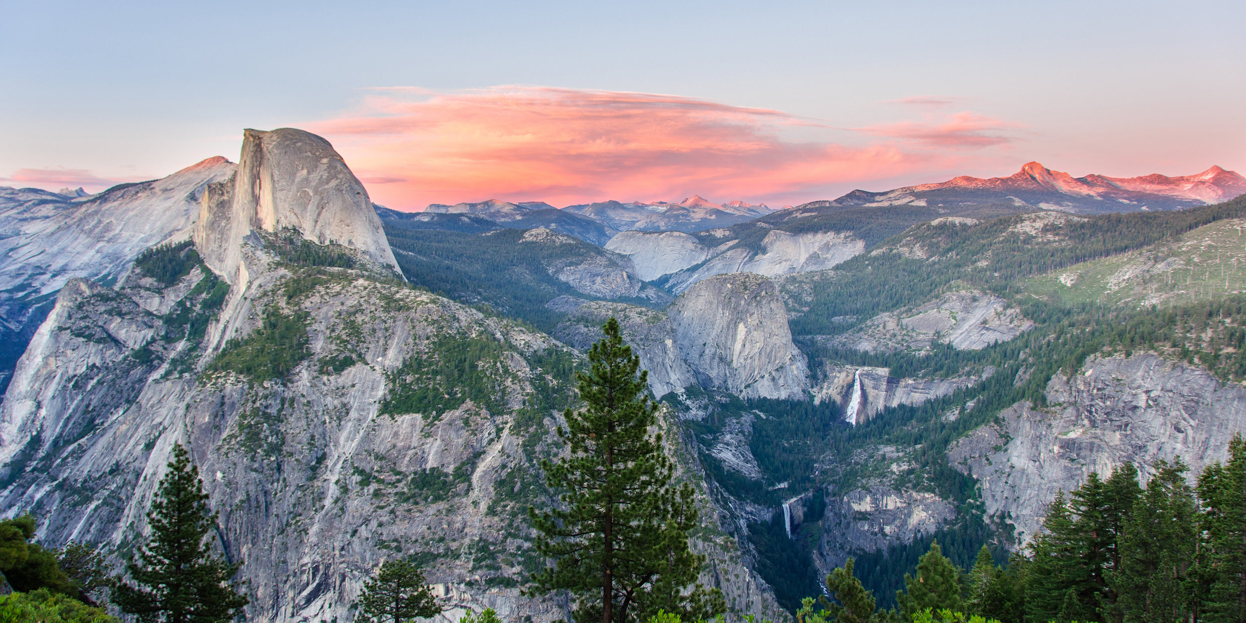 yosemite-glacier-point-sunset-national-park-summer-activities-things-to-do-via-magazine-shutterstock_552174034.jpg