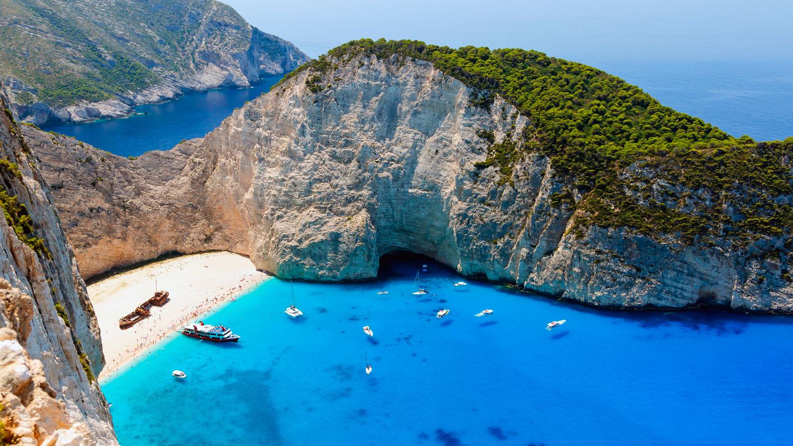 170606121035-greece---travel-destination---shutterstock-560829934.jpg