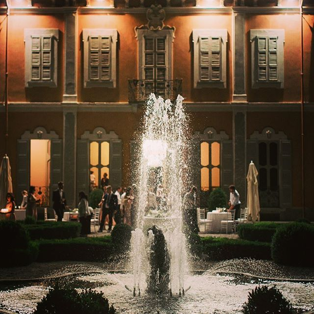 #villasubaglio #events #location #wedding #weddingday #fountain #italiangarden #matrimonio #festa #wedding #merate #weddinginitaly #sposi #locationmatrimonio