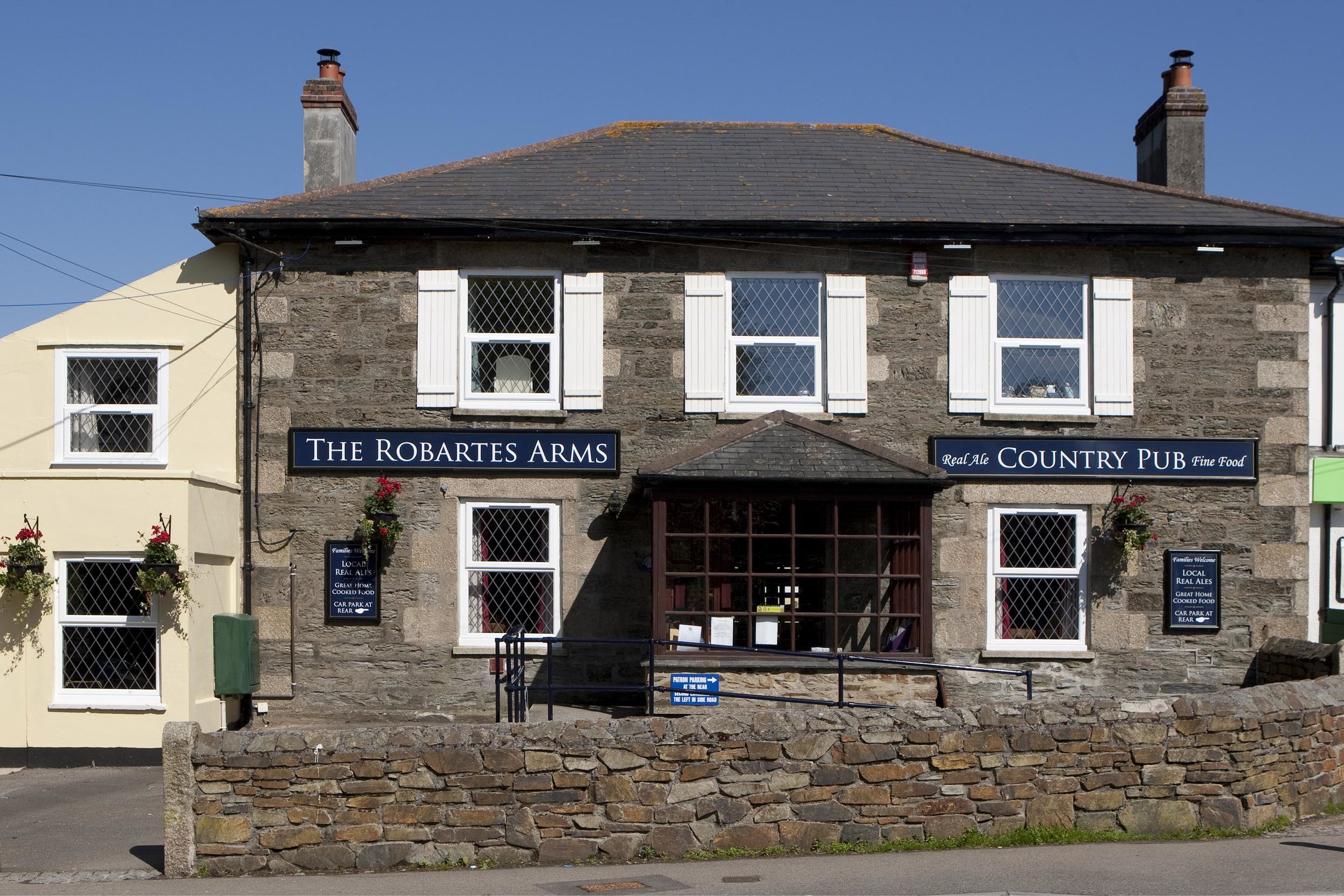 The Robartes Arms, Illogan - A classic village pub in the heart of the village, with a small car park and ample street parking.