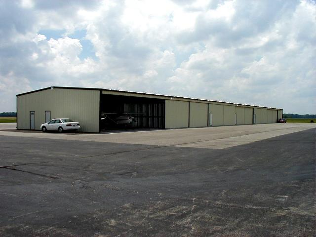 Hangars (7).jpeg