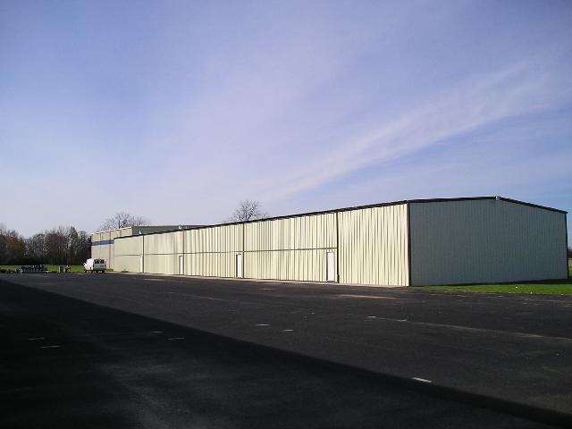 Hangars (10).jpg