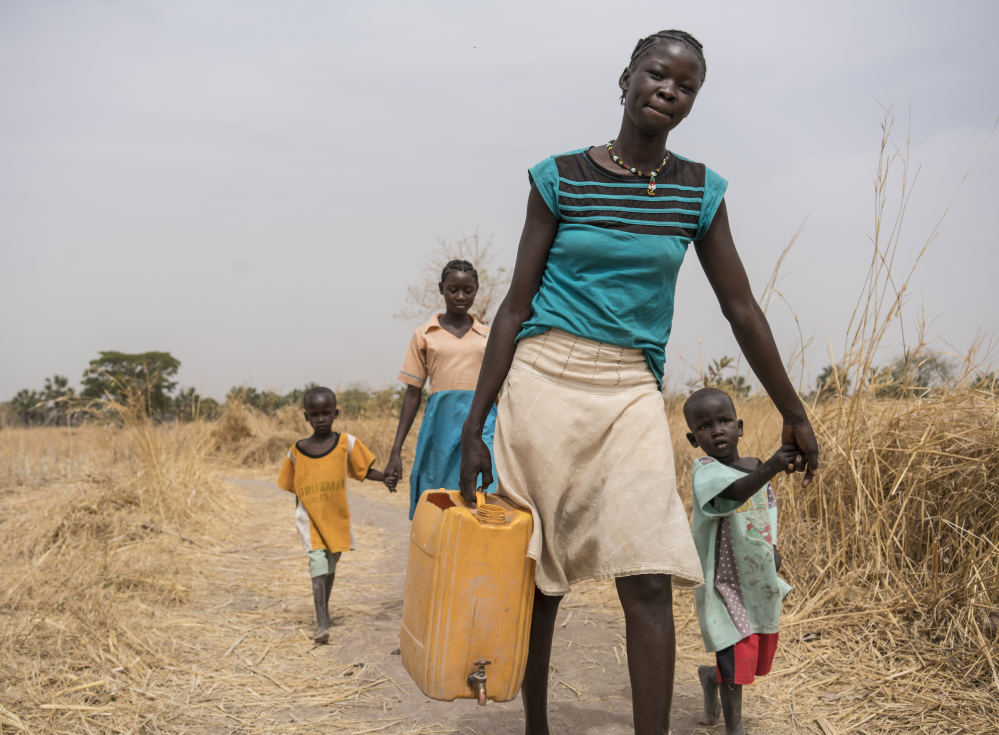 1171206_South_Sudan_Africa_Water_Wo.jpg