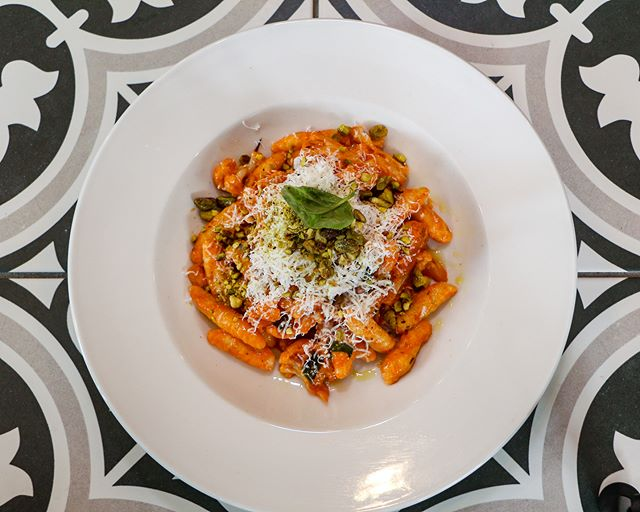 You can't find homemade cavatelli like this! Our chef handrolls them every morning. Try the Cavetteli Baci served with roasted cauliflower, pistachios, ricotta salata, and tomato sauce. 💋  Make your dinner reservations in advance- Visit our website and click the top right BOOK NOW button