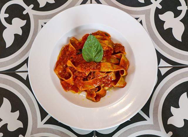 You will never look at a bolognese sauce the same after you try our Pappardelle Bolognese! This classic beef, veal, and pork ragu over pappardelle is the perfect dish for anyone who loves a good meat sauce!💋