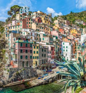 Cinque Terre, Italysm.jpg