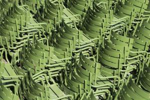 greenchairs_tuileries.jpg