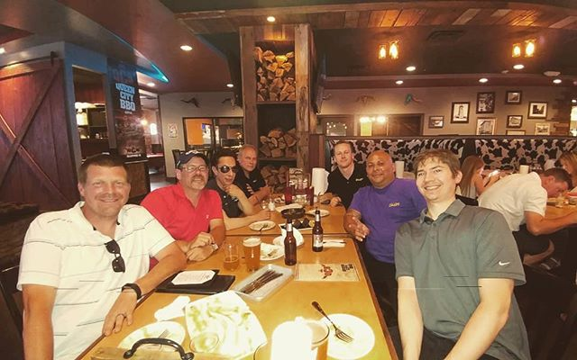 The Talon team dinner outing after a record breaking month! @qcityq #talonbearing #bearingdistributor