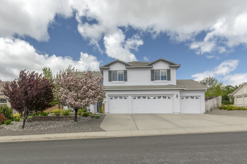 7159 Windstar Drive, Reno, NV  5 Bed | 3 Bath | 3,515 sqft | $659,000 Al Rogers | 775.527.2264