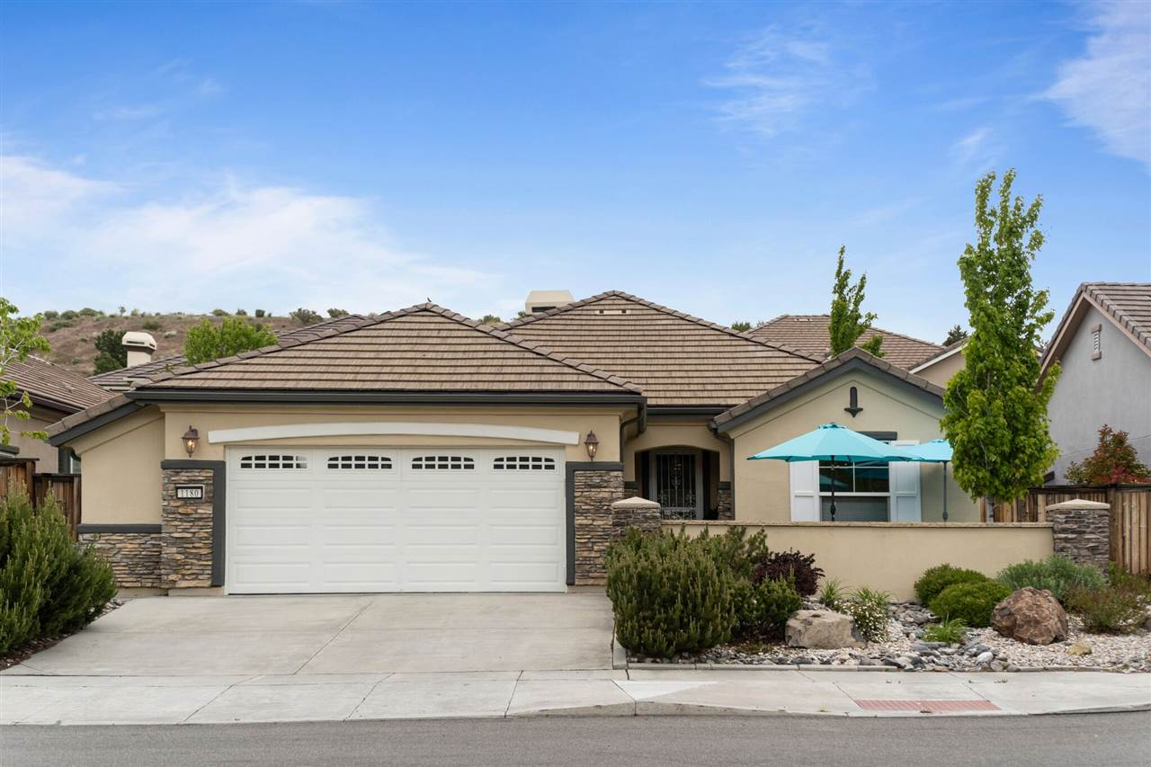 1180 Cliff Park Way, Reno, NV  2 Bed | 2 Bath | 1,644 sqft | $465,000 727.580.8801 | Mechele Duhamel