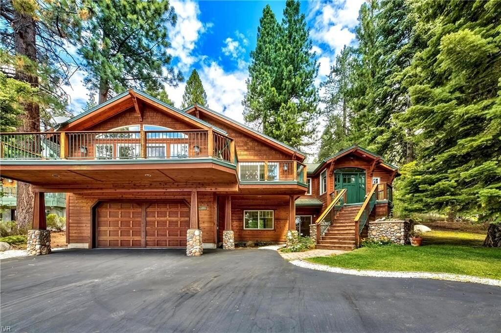 618 Lakeshore Boulevard, Incline Village, NV  5 Bed | 4 Bath | 3,698 sqft | $3,295,000 Donna Tonking | 775.722.6726