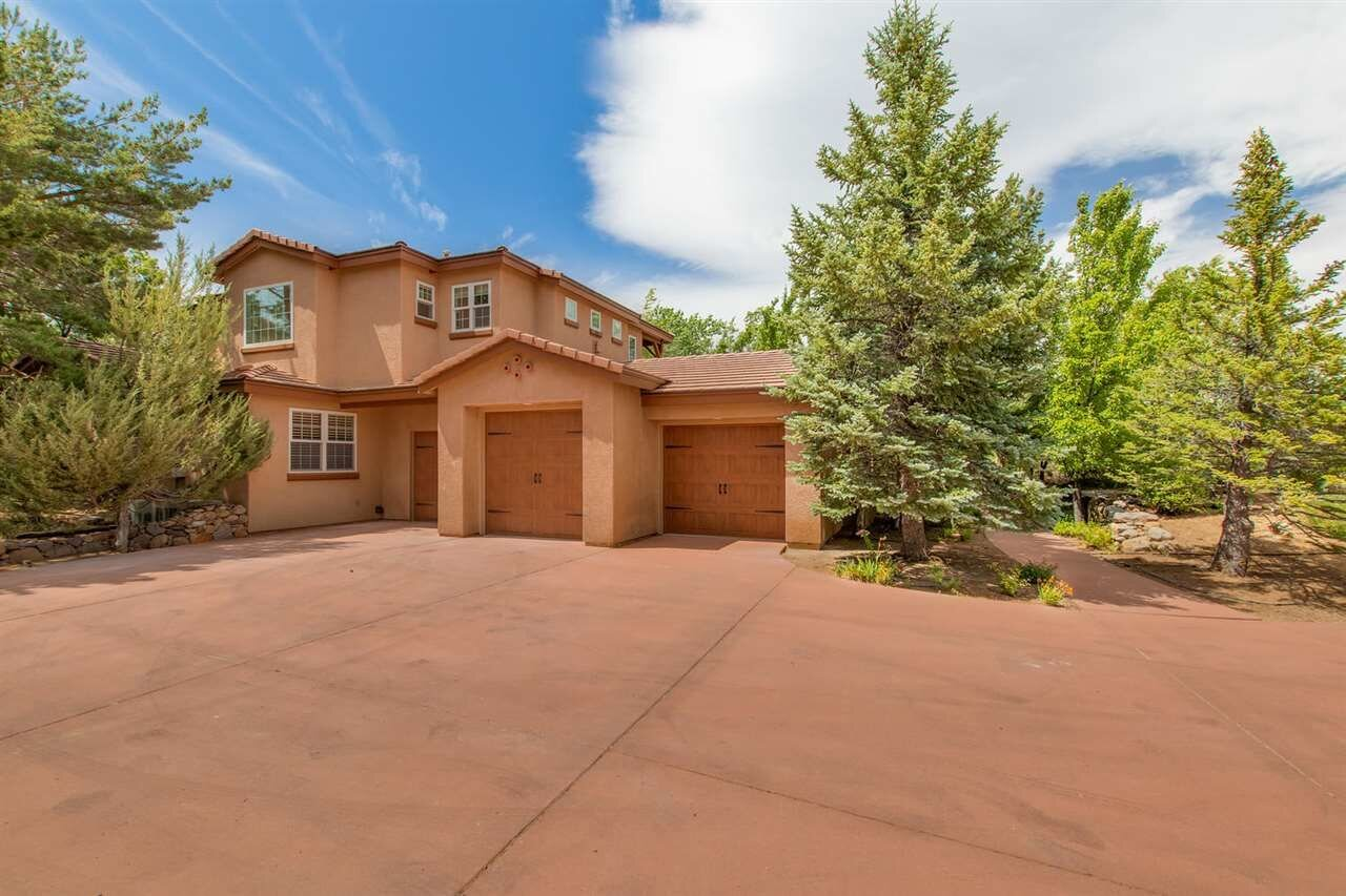 14235 Powder River Court, Reno, NV  3 Bed | 3 Bath | 3,029 sqft | $869,000 Caroline Flanagan | 775.240.4932