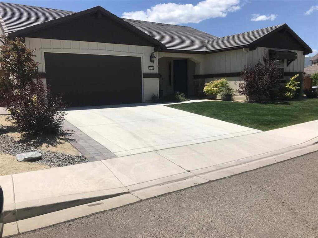 8850 Winter Peace, Reno, NV  3 Bed | 2.5 Bath | 9,148 sqft | $569,900 Molly Paul | 775.843.6416