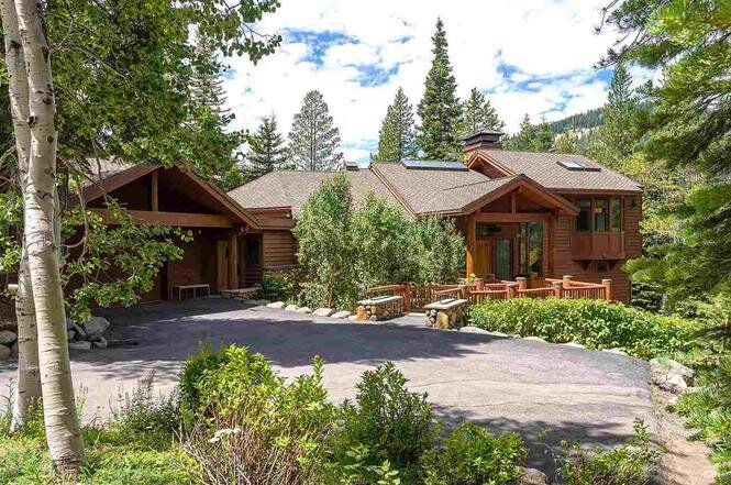 3058 Mountain Links Road, Squaw Valley, CA  5 Bed | 5.5 Bath | 5,298 sqft | $3,750,000 Trinkie Watson | 530.582.0722