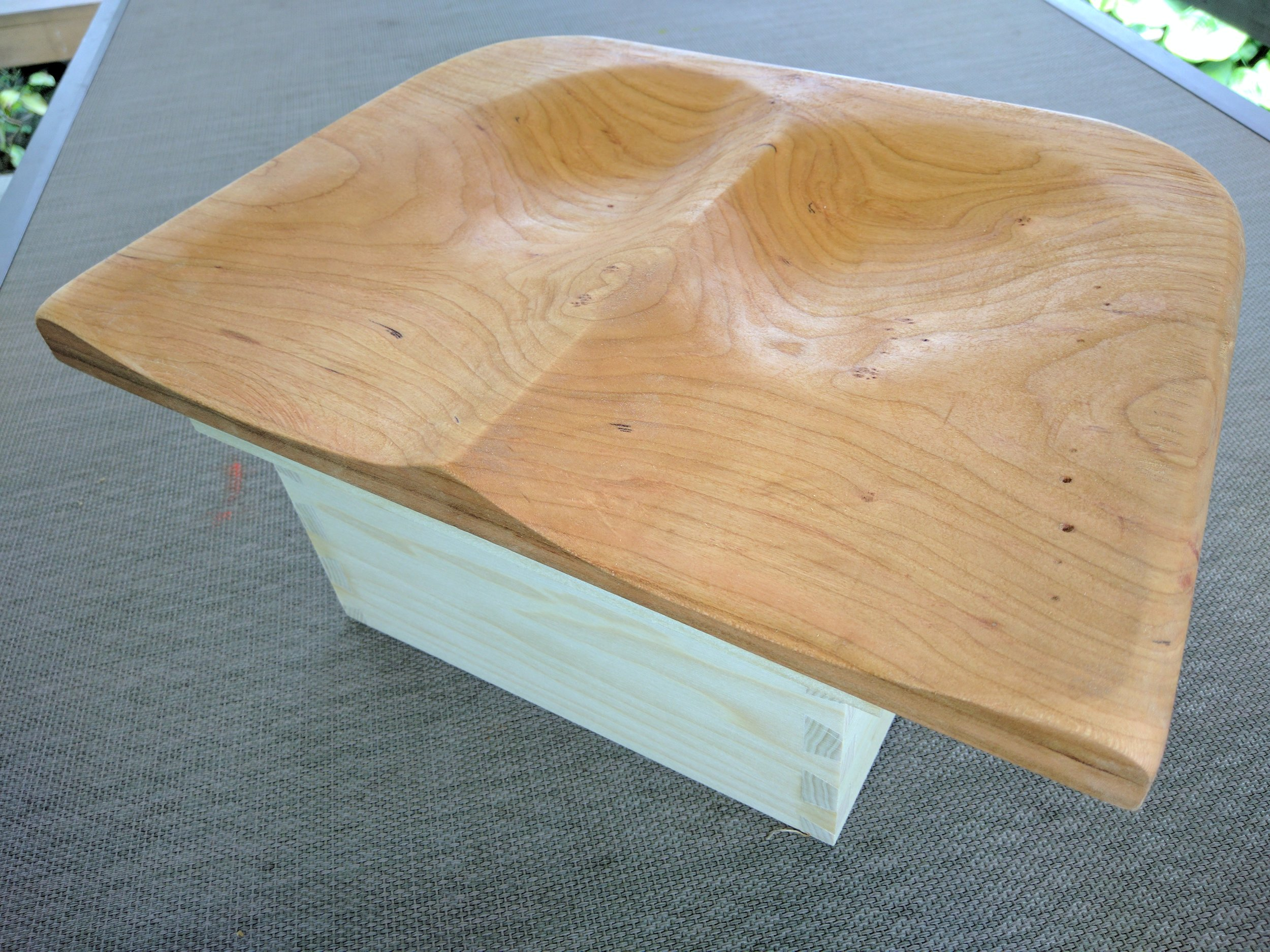 Yoga Seat in Cherry