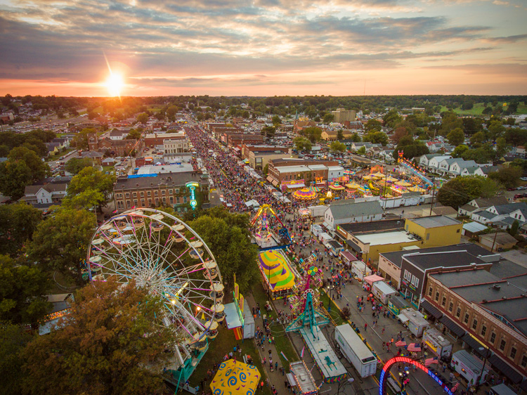Aerial picture of Fall Festival on Franklin Street