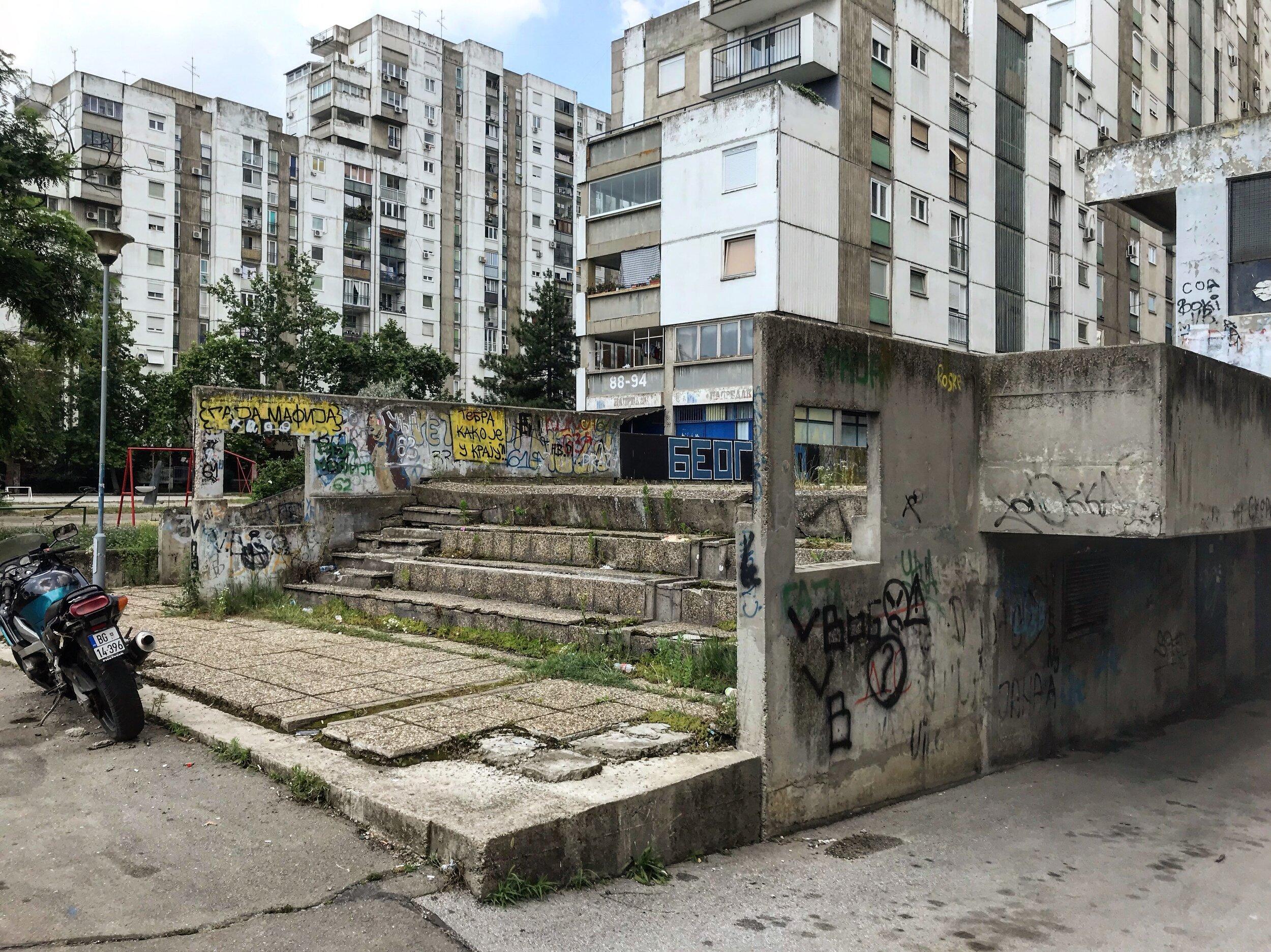 Figure 9. Bežanijski_04: Steps with cast concrete side walls in Block 62, Bežanijski blokovi, 2019. Photograph by Michael R. Allen