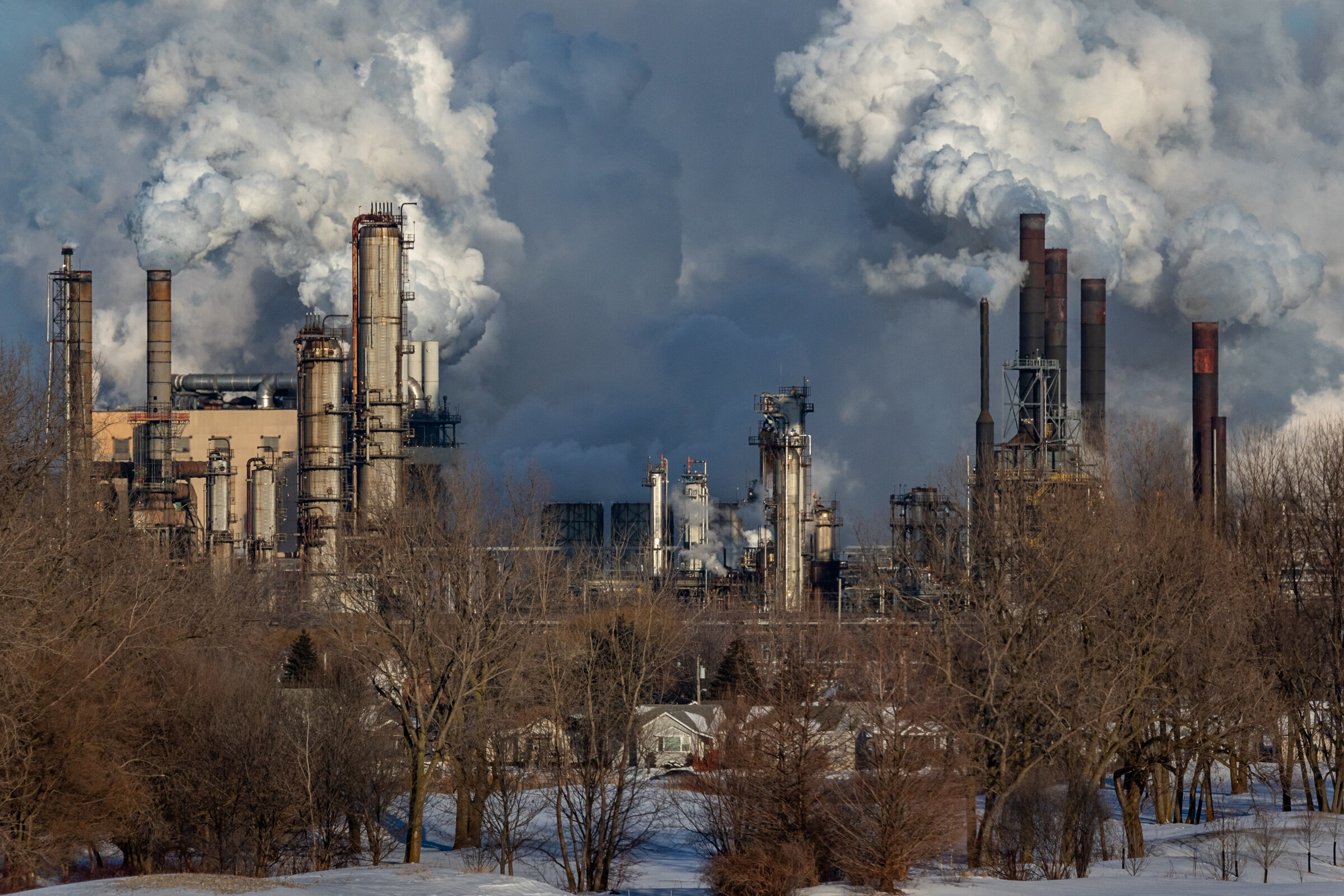 Figure 9. Whiting Refinery with Houses in Hammond, January 2019. Photograph by Matthew Kaplan.