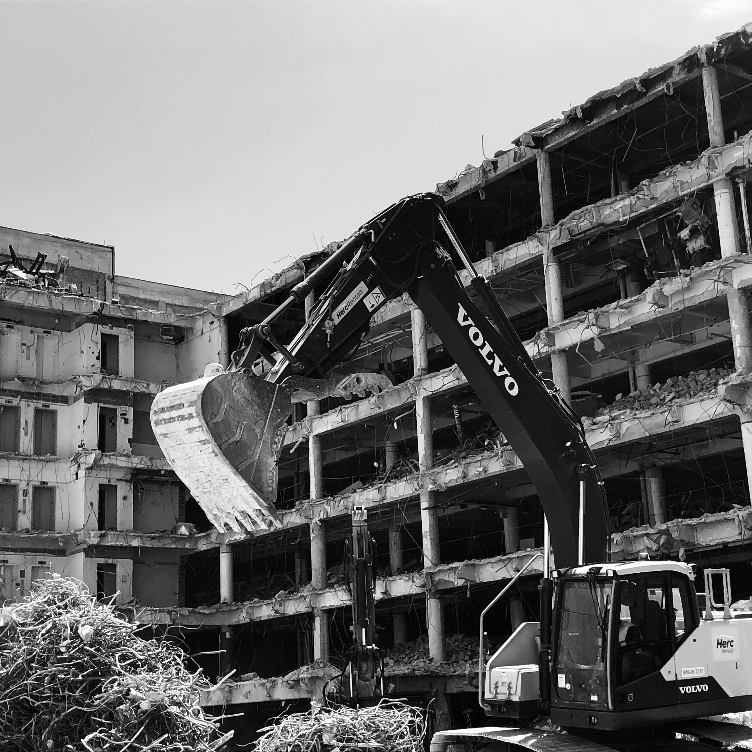 Figure 2. Demolition of Kell Hall, 2019. Photograph by Alex Sayf Cummings.