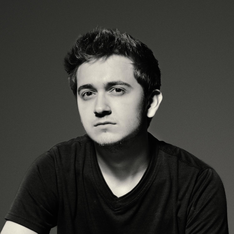 Jadon Barnes - Filmmaker / VFX Artist / Developer / Entrepreneur