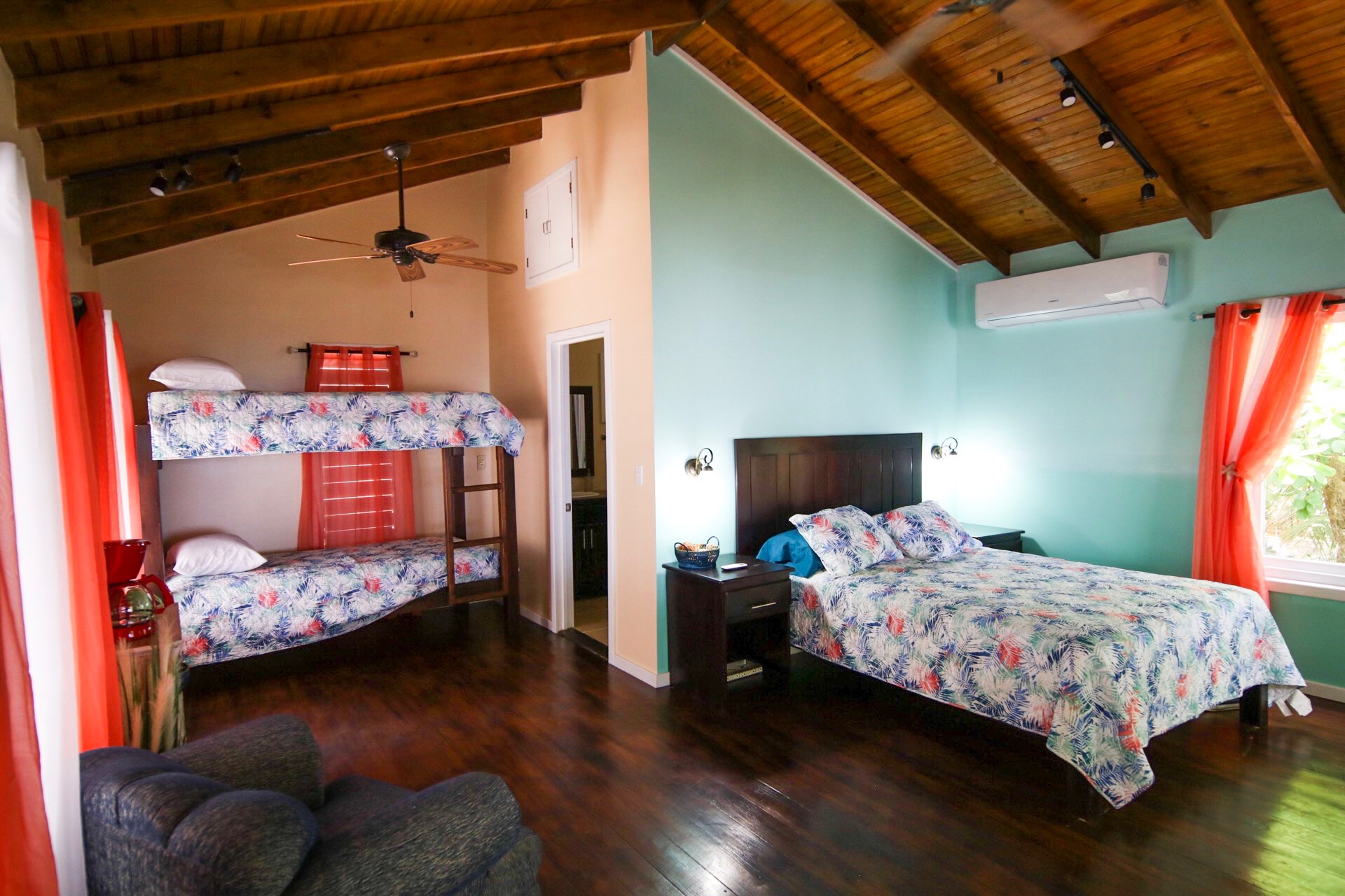 Casita Oseana Bunks and beds
