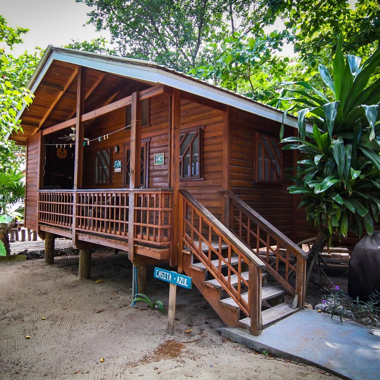 Roatan+Scuba+Resorts