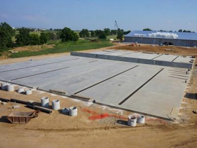 steel-warehouse-foundation.jpg