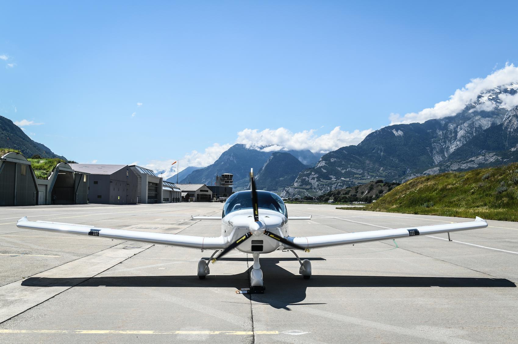 H55 Flight Trainer - Front View  ©  H55 /  Anna Pizzolante