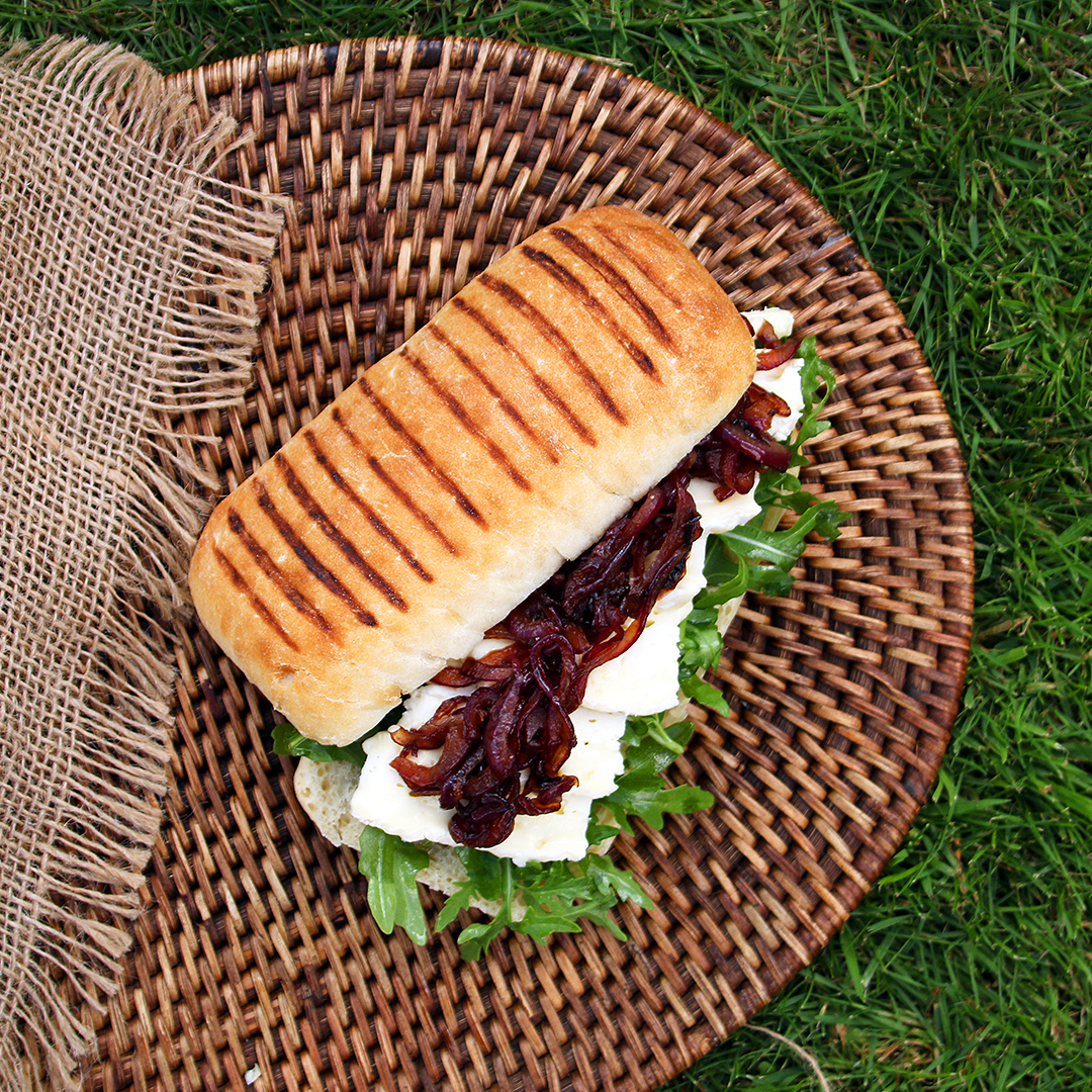 Brie Sandwich with Caramalised Onions