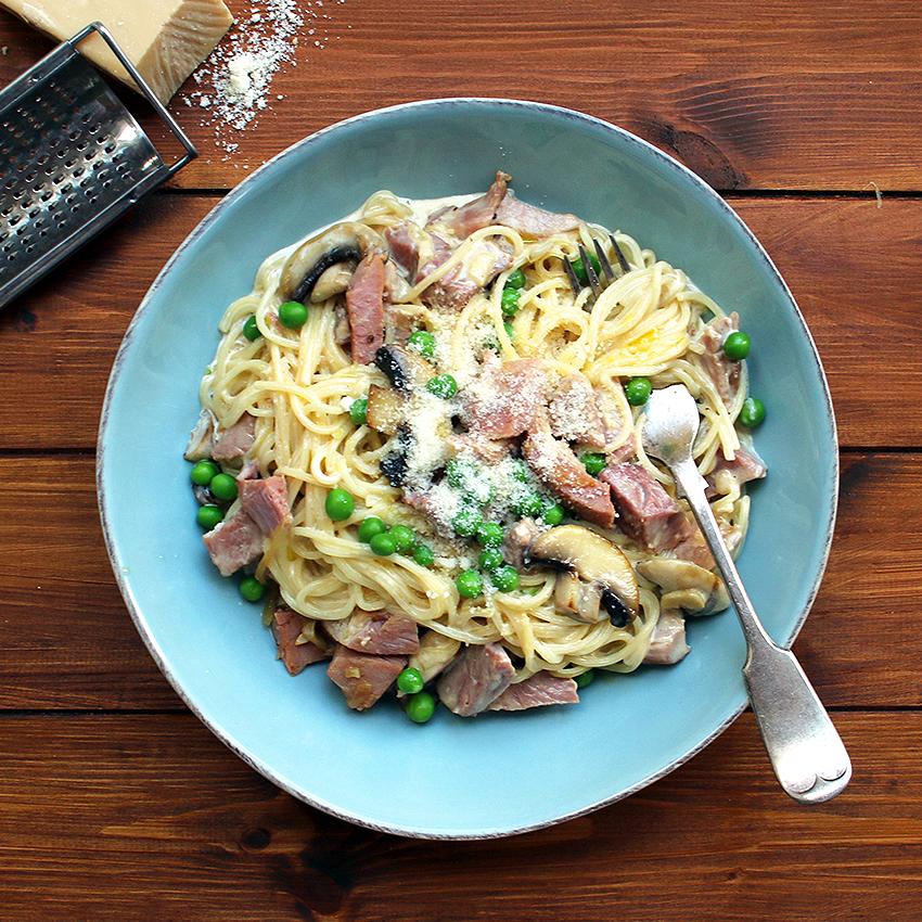Luxury Ham and Pea Pasta