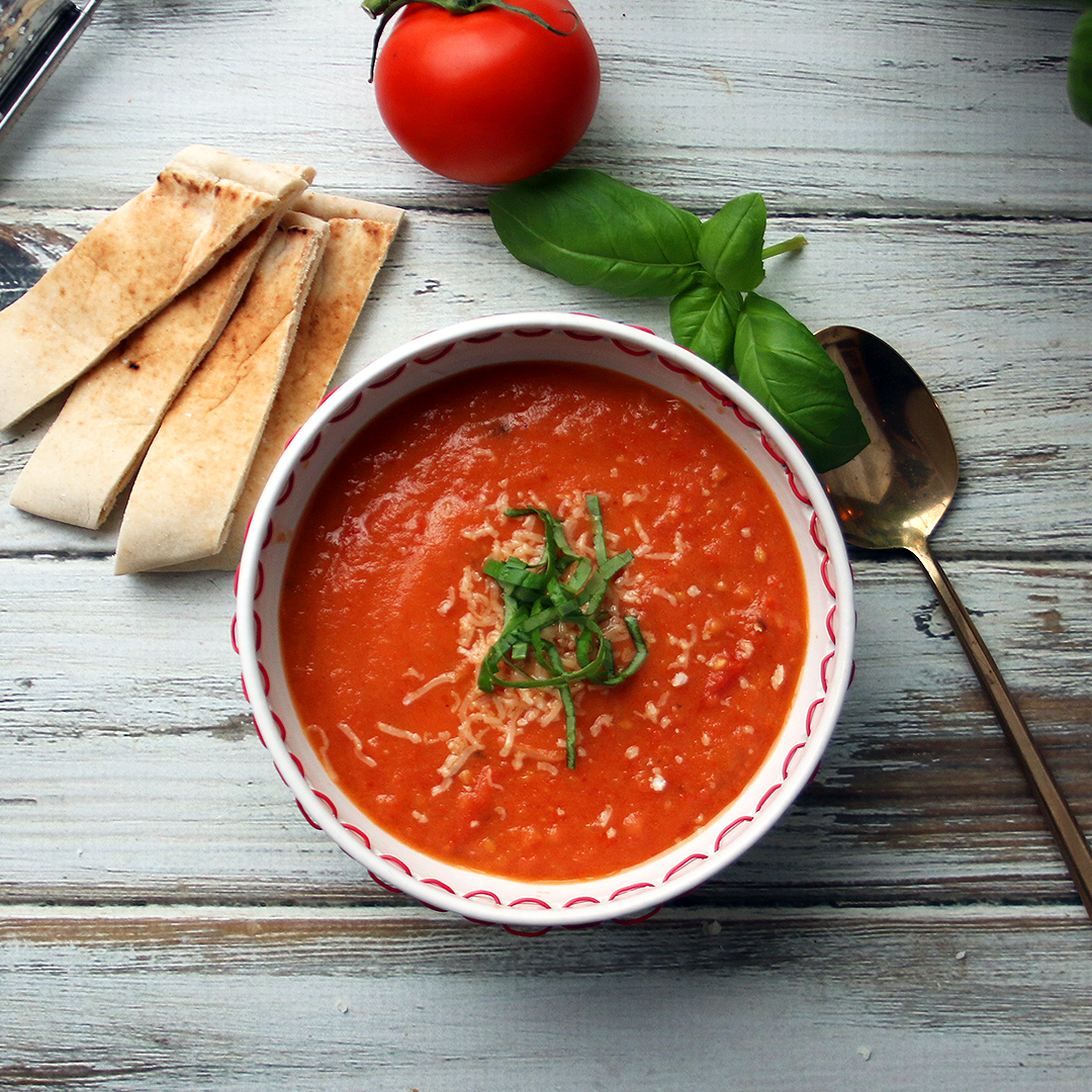 Roast Tomato and Garlic Soup