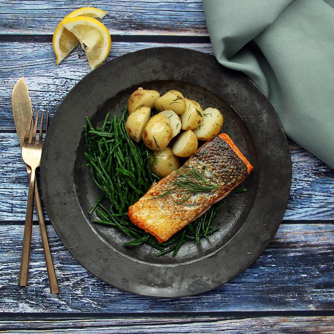Salmon on Samphire with Dill Potato