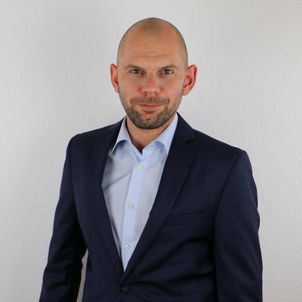 Robert Haupt   ASSOCIATE - ENERGY & REGULATORY