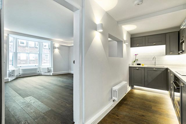Plot 3 Elgar Rooms - A one bedroom apartment placed within the landmark Grade II listed building Knights Yard located in the very heart of Reigate.