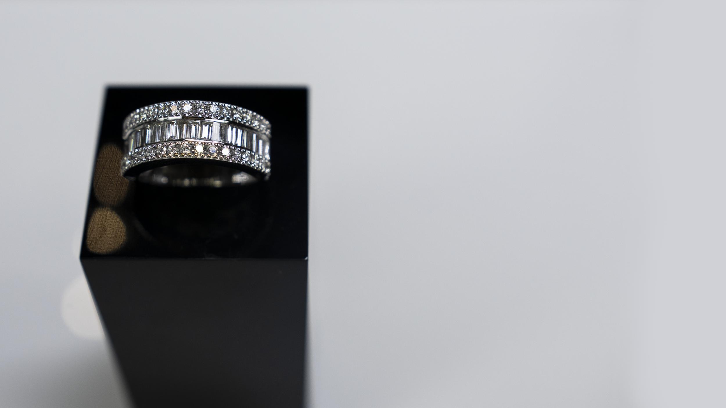 Diamond Ring round.png