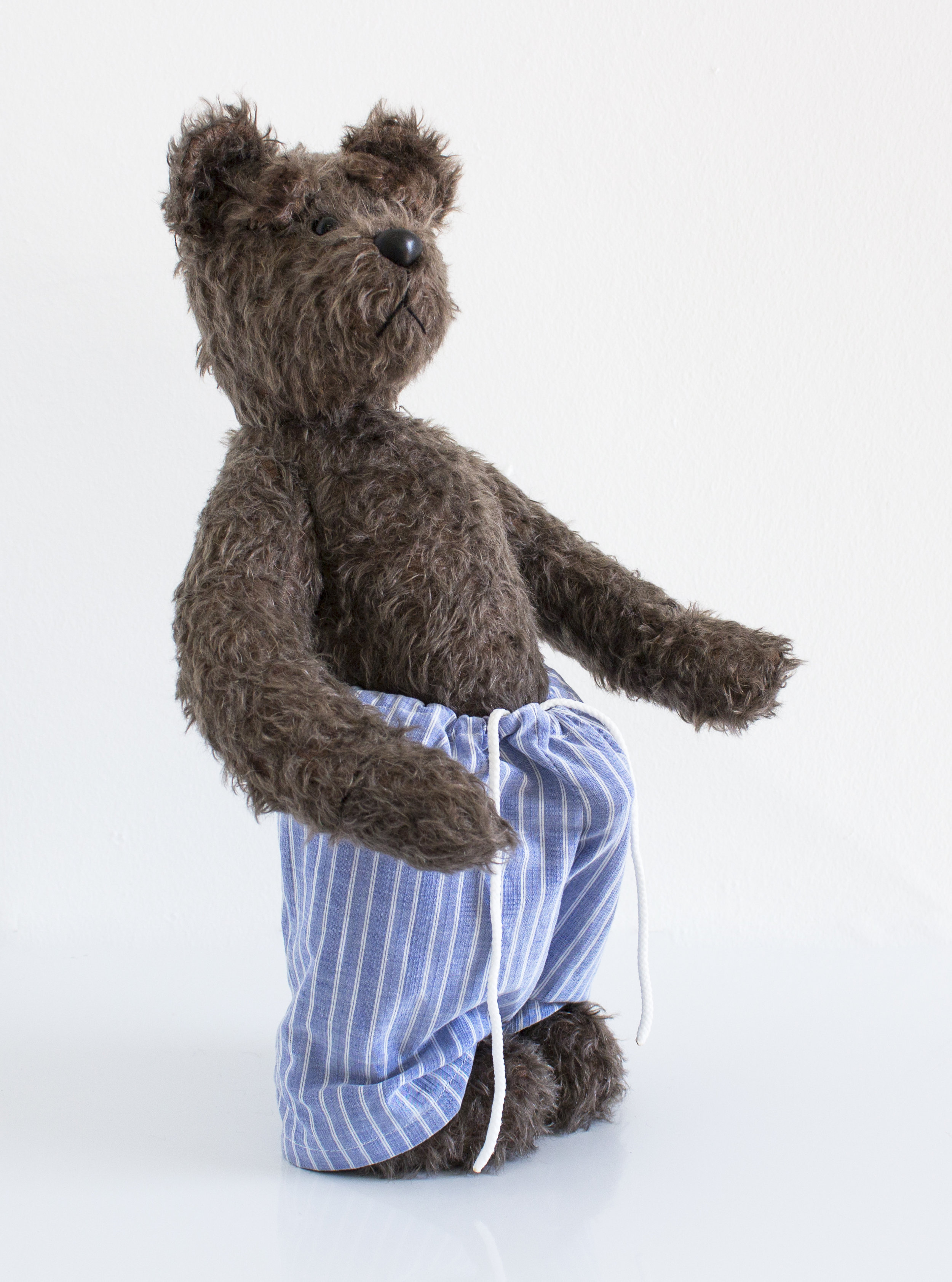 Ed Young, Biscuit, 2015  South African Mohair Traditional Teddybear  42cm  R67 000