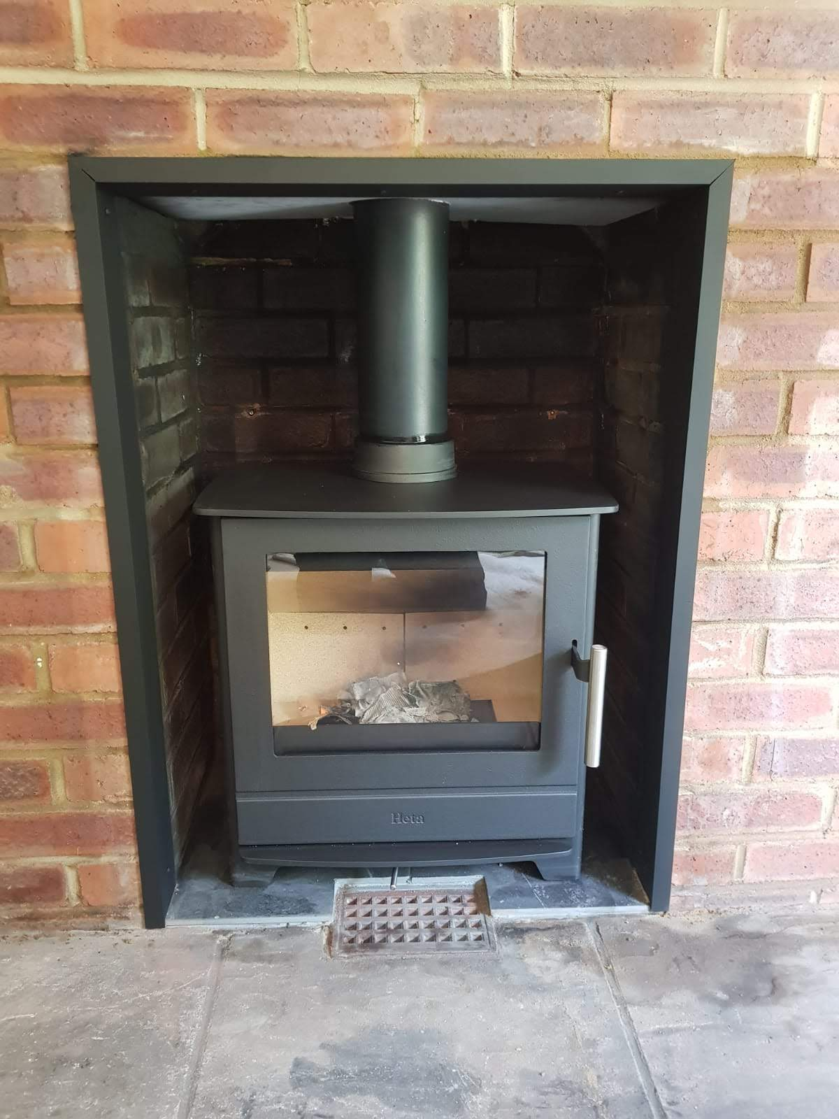 woodburner installation ..jpg