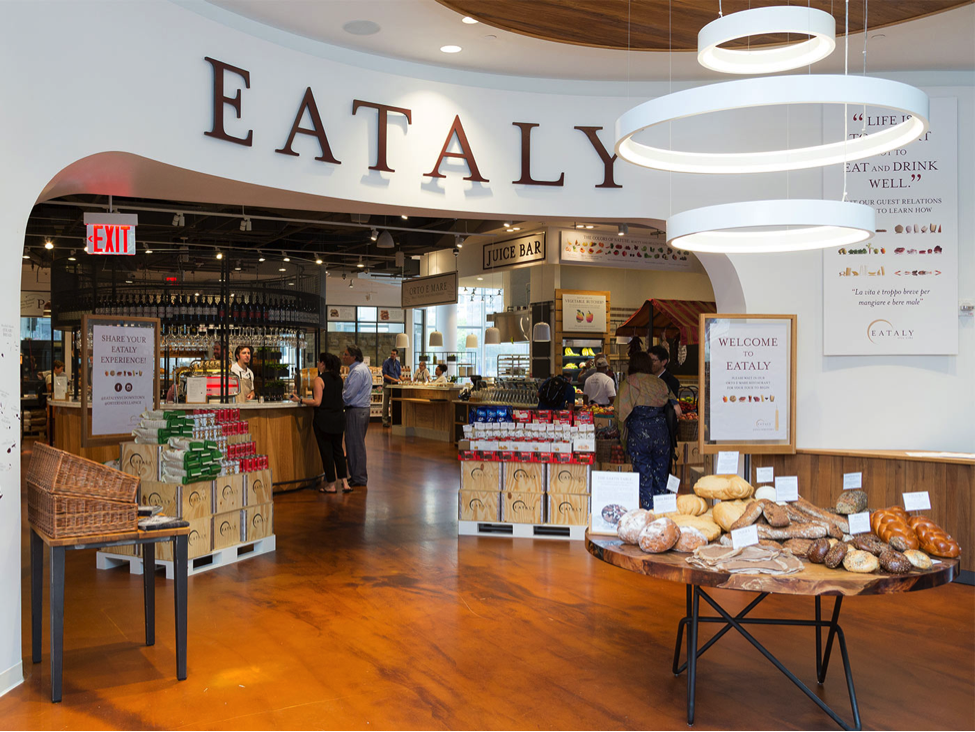 EATALY NYC DOWNTOWN - Focused on providing high quality, sustainable products for all, Eataly is the largest Italian retail and dining experience in the world, transforming the way consumers experience food, beverage and, culture.At Eataly, guests have the unique opportunity to experience Italian culture through markets, counters, cafés, restaurants, and educational offerings that explore the best food and beverage options Italy's 20 regions and the world has to offer.Since Oscar Farinetti first opened Eataly Torino Italy in 2007, his philosophy has spread to 39 stores across the world, including our US flagship NYC Flatiron (2010), Chicago (2013), NYC Downtown (2016), Boston (2016), Los Angeles (2017), Las Vegas (2018), Toronto (opening in 2019), and Dallas (opening in 2020).