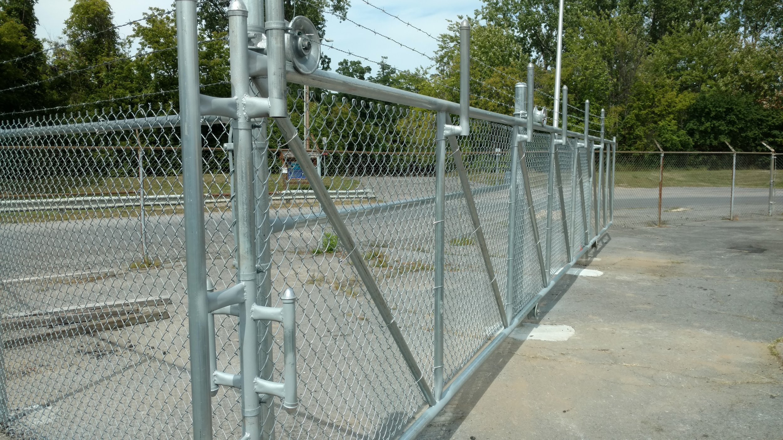 Chain Link Commercial Gate