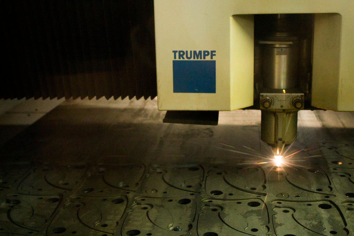 CORTE LÁSER - Trabajamos con tecnología de punta CNC para cortar todo tipo de metales con la mayor precisión y rapidez en el mercado a precios asequibles.