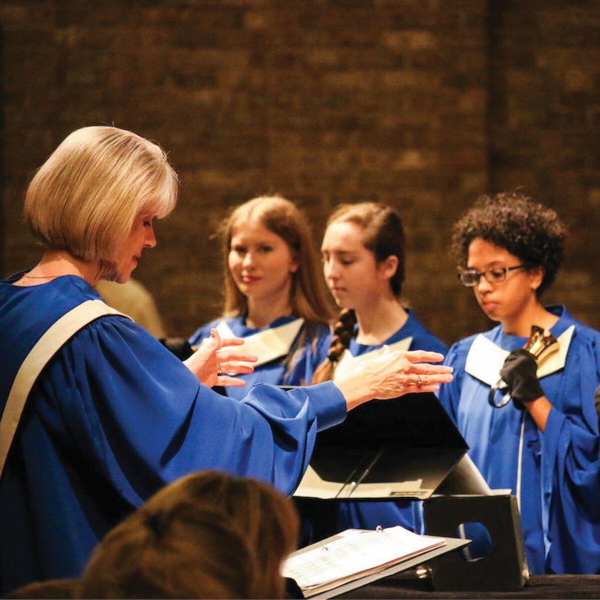 Music & Fine Arts - Our Music & Fine Arts Ministry involves people of all ages who want to discover and develop their creative gifts and use those gifts to praise and worship God.