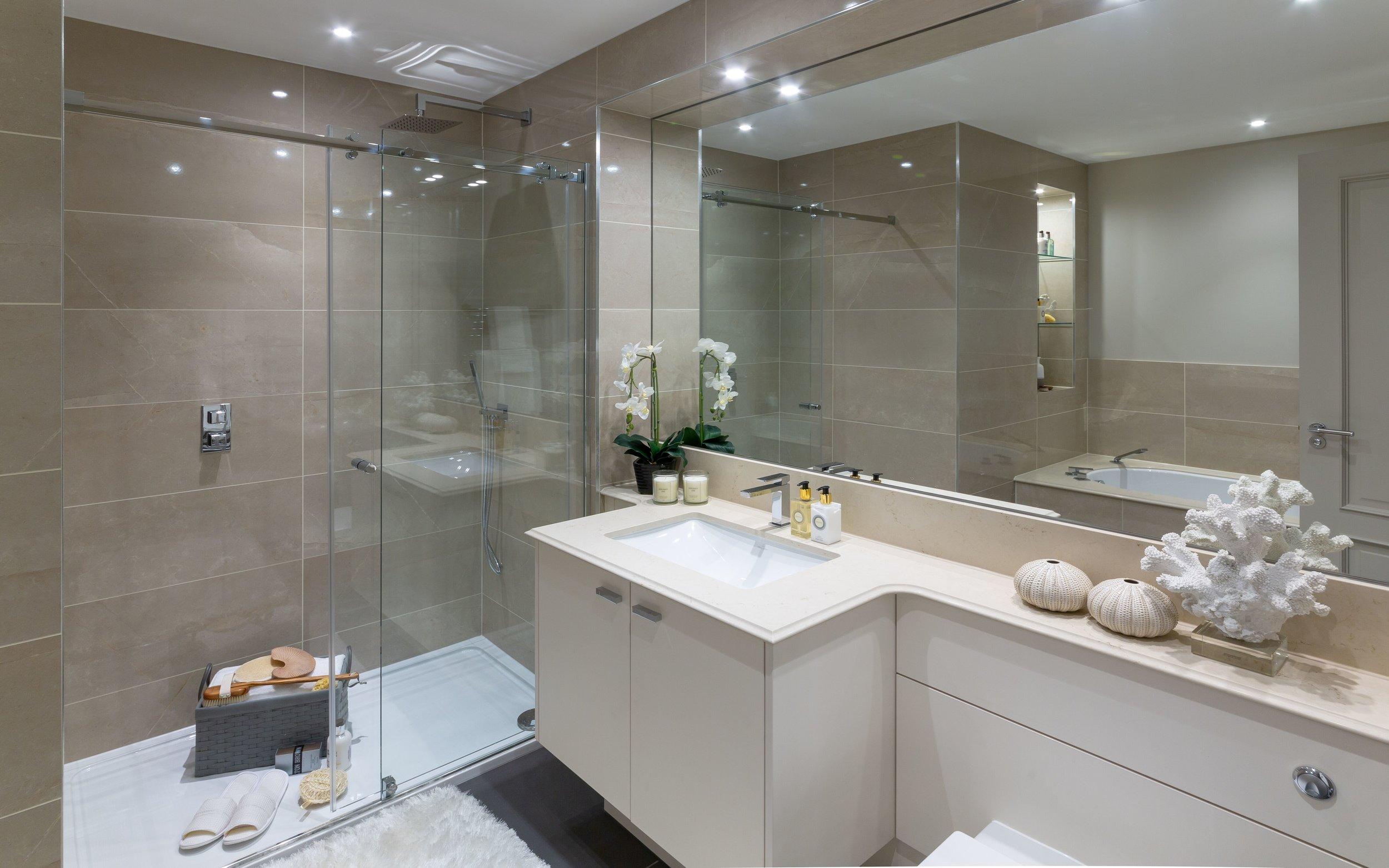 Camberley Heath Golf Bathroom image 1.jpg