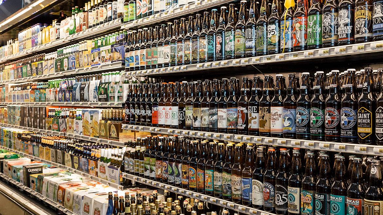 Vintage Grocers Beer Isle.jpg