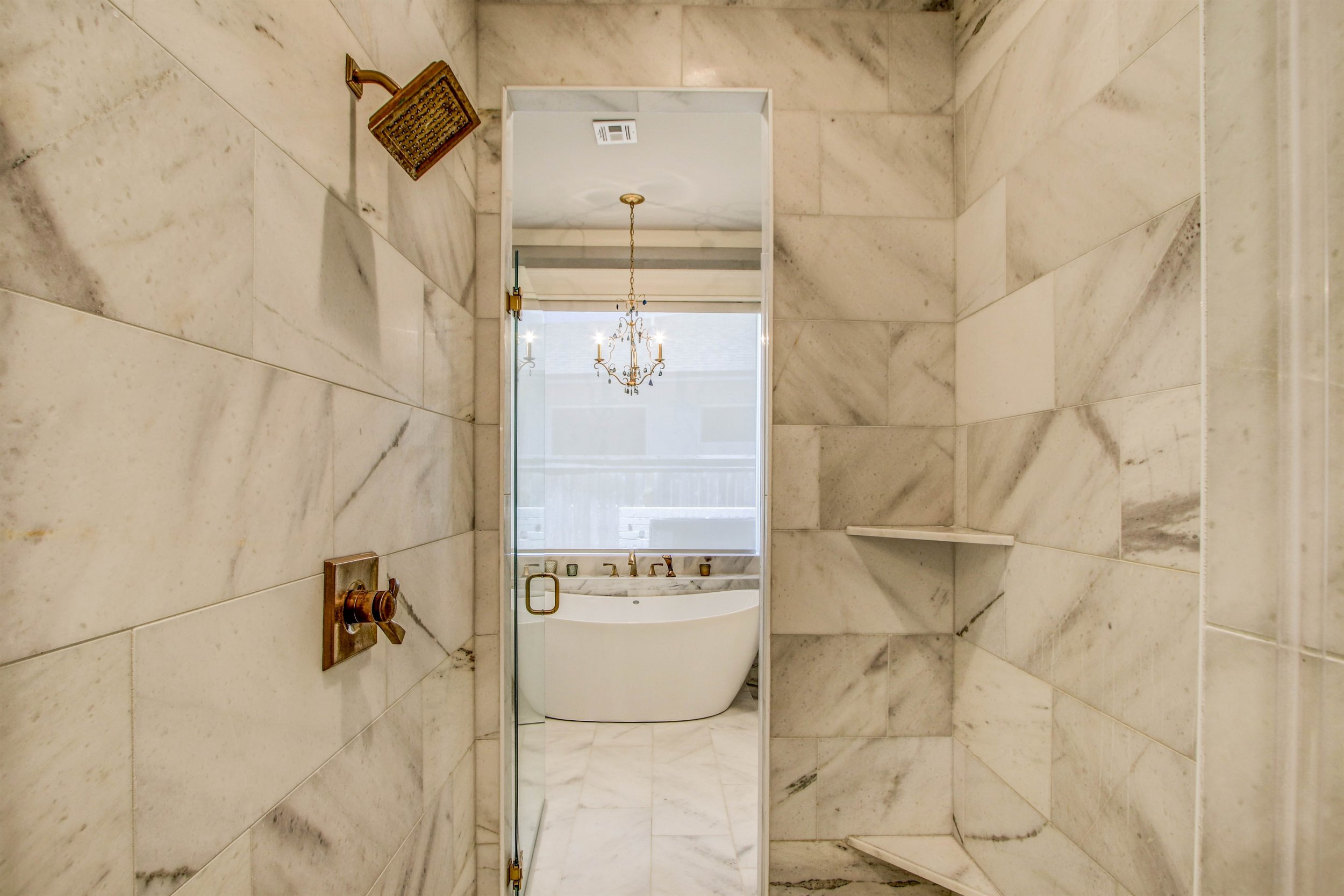 015_Master Bathroom Shower and Tub.jpg
