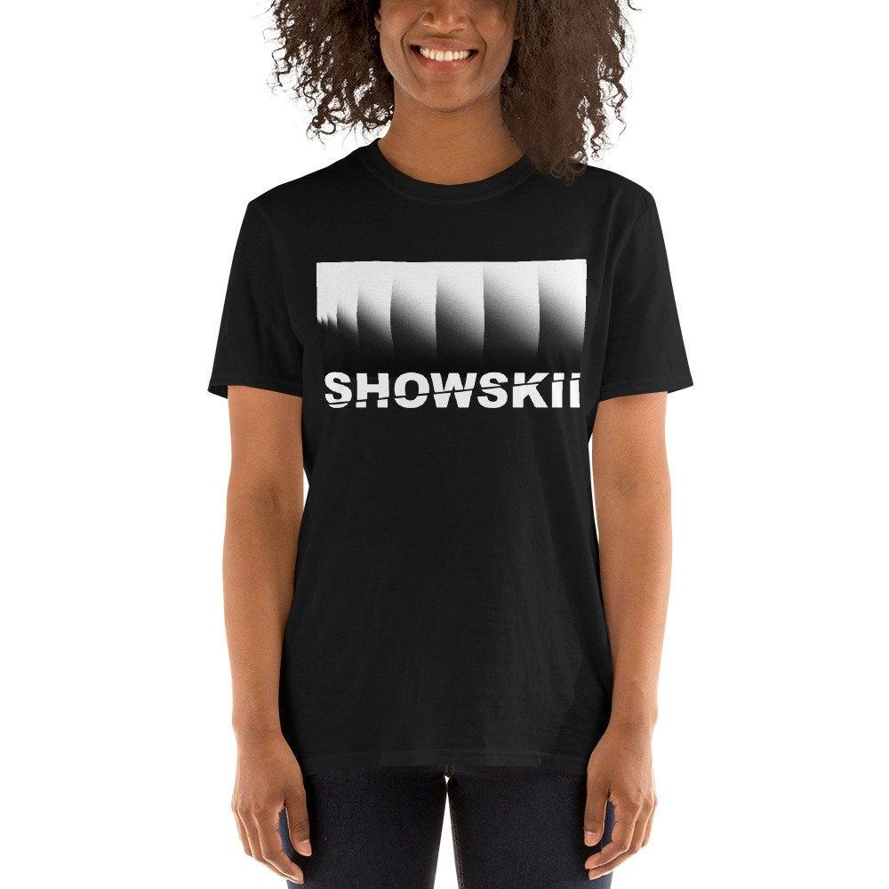 SHOWSKII-BLACK-GRADIENT2.jpg