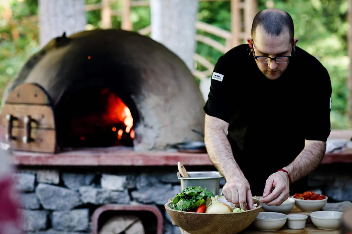 Cobb-Oven-Jim-Cooking-21.jpg