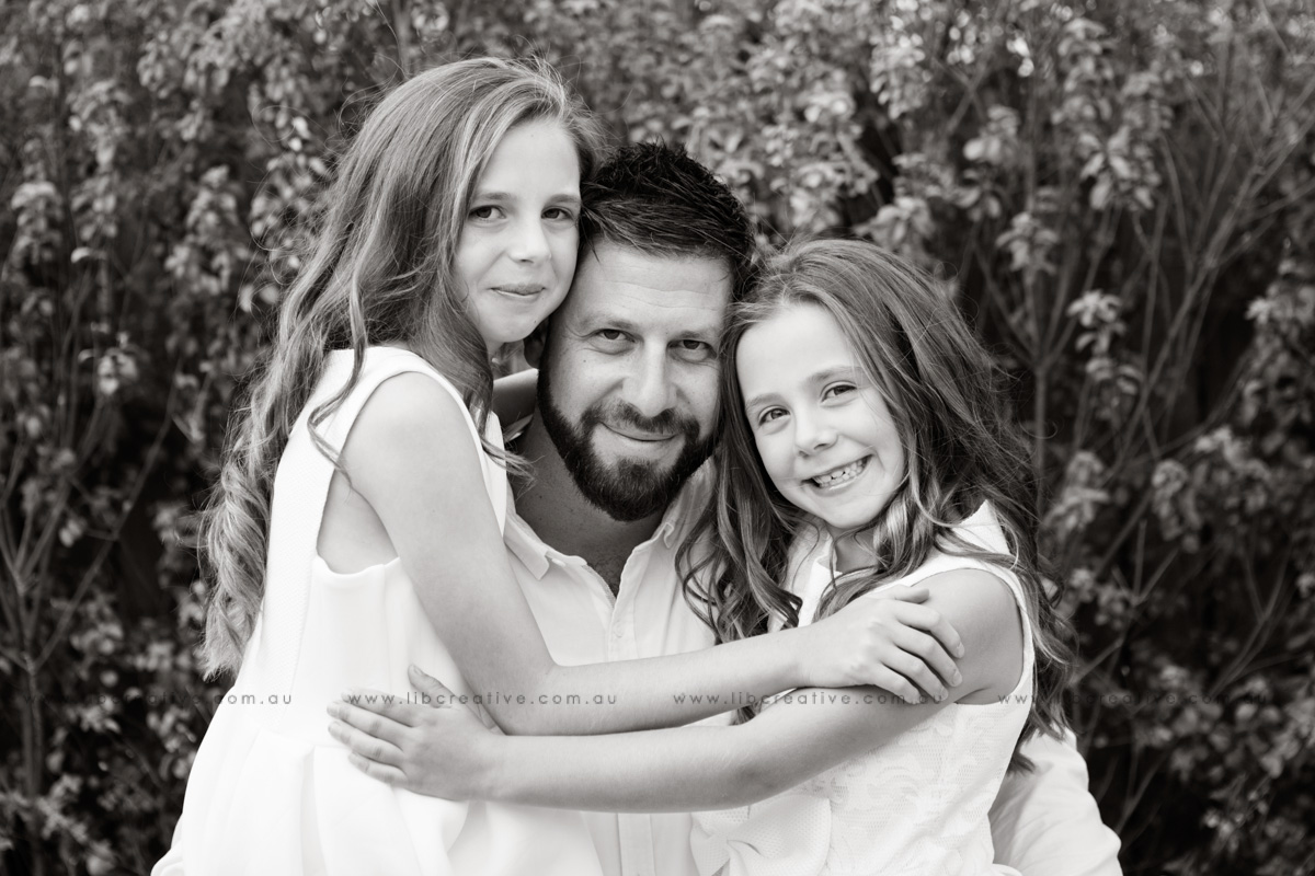 Lib-creative-dad-girls-bw.jpg