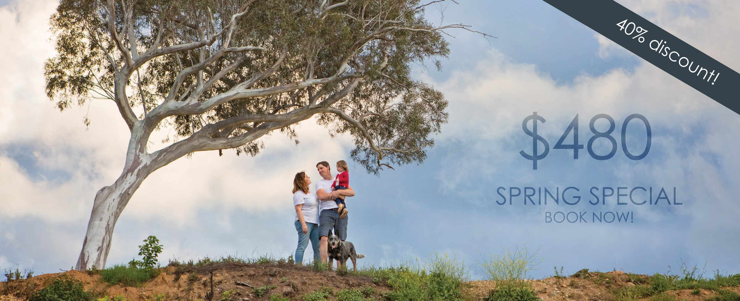 """Family Special Deal  includes pre-consult, 1 hour session, viewing session and your choice of 10 digital images, and either 3 small 5x7"""" prints or 1 small framed print, valued at $800. Conditions apply. For a limited time only."""
